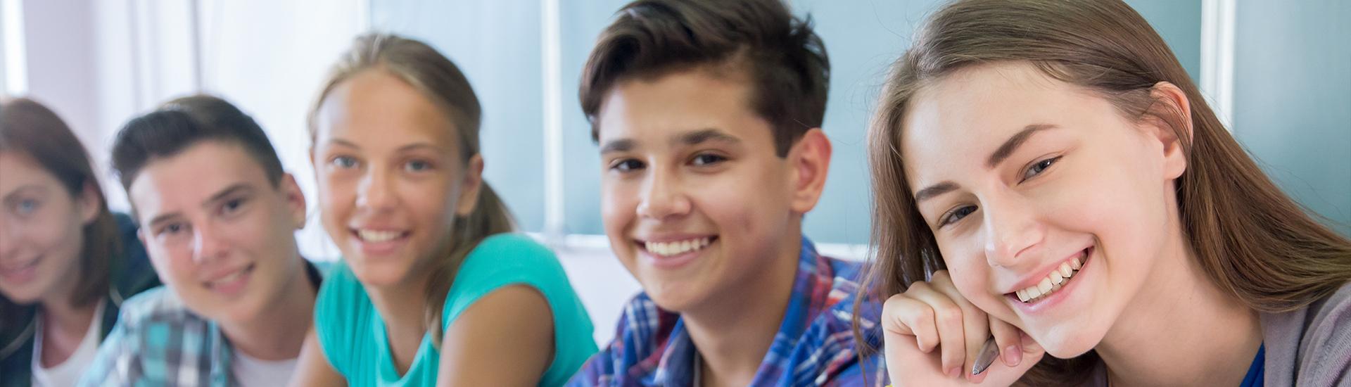 Teenager in der Г–ffentlichkeit